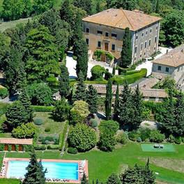 Tuscan Villa With Twist (15).jpg