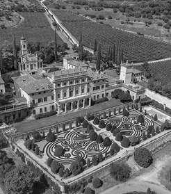 Venetian Villa (5).jpg