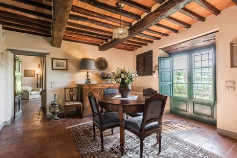 Tuscan Villa22.jpg