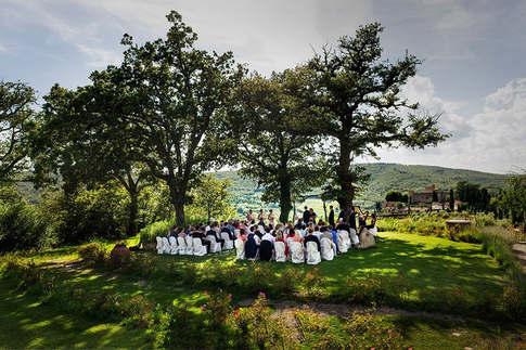 Castle Wedding Italy (12).jpg
