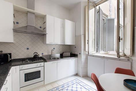 Rome Apartment (28).jpg