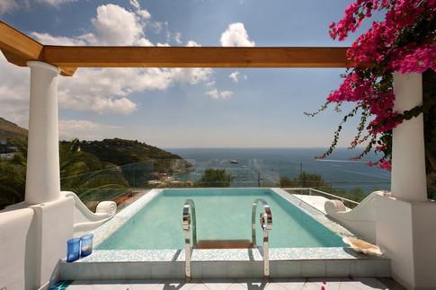 Luxury Villa Sorrento (16).jpg