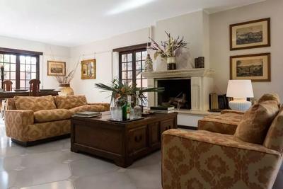 Mondello Villa (9).jpg
