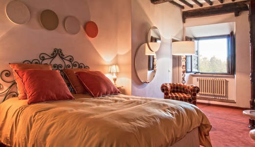 Tuscan Villa With Twist (9).jpg