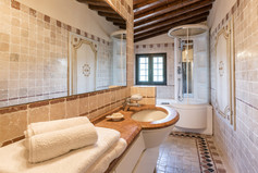 Tuscan Villa17.jpg