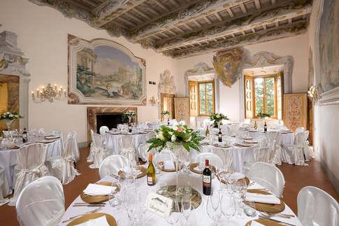Castle Wedding Italy (2).jpg