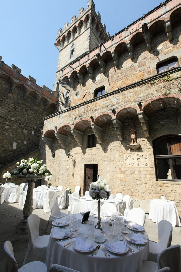 Castle in Tuscany (20)