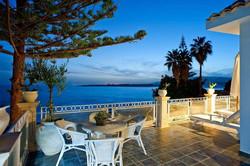 A Beach Side Villa In Sicily