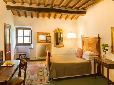 Tuscan Country House (6).jpg