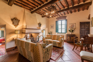 Tuscan Villa10.jpg