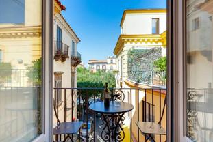 apartment in sorrento (7).jpg