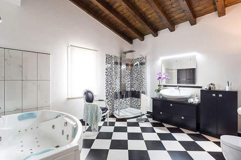 Sicilian Villa (10).jpg