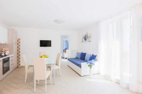 Marina Grande Apartment (13).jpg