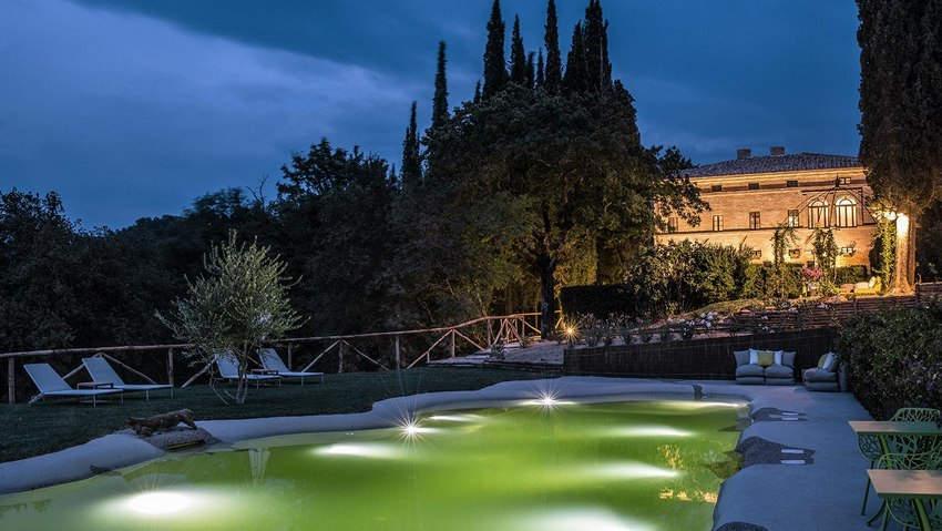 Tuscan Hotel Villa (23).jpg