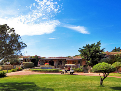 hotel sardinia (3).jpg