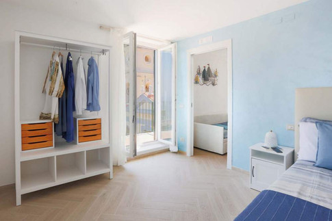 Marina Grande Apartment (2).jpg
