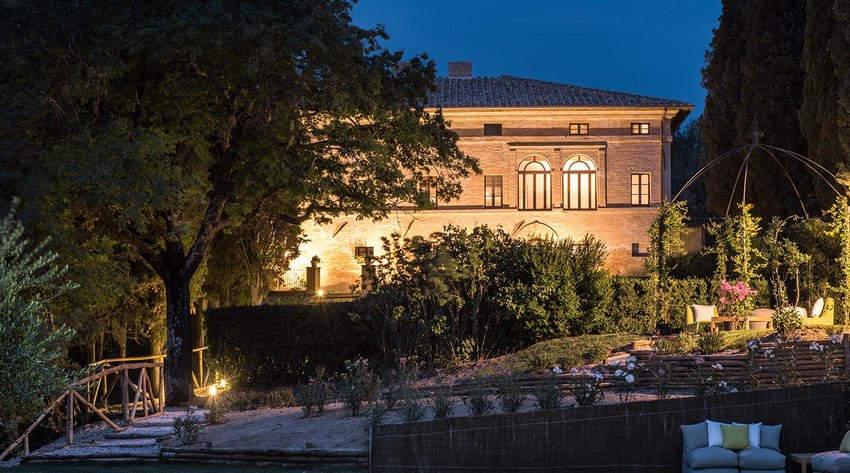 Tuscan Hotel Villa (17).jpg