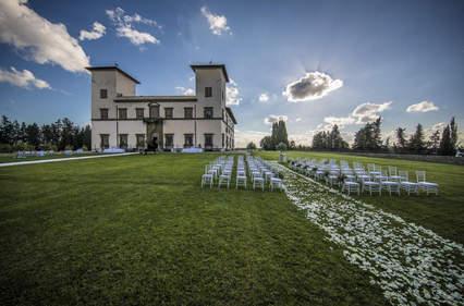 Luxury Villa Wedding (6).jpg