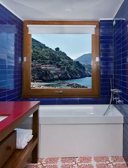 Prestige bathroom.jpg