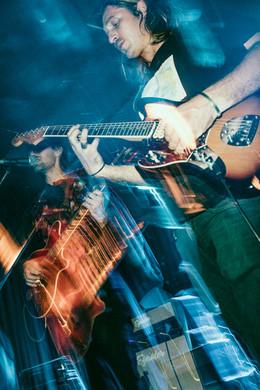 Jonny Steiner - Guitar & Keys