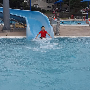 Waterparks, Pools & Lakes