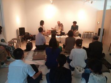 「インドの古典音楽コンサート@ミミヤマミシン〜三つの太鼓と百の音色の楽器〜」