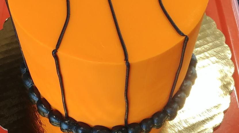 """6"""" basketball cake"""
