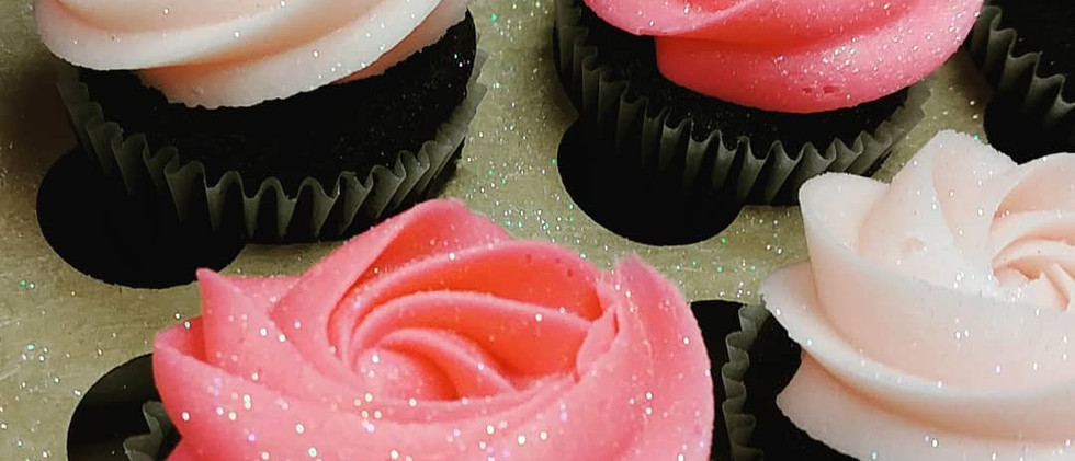rosettes in shades of pink