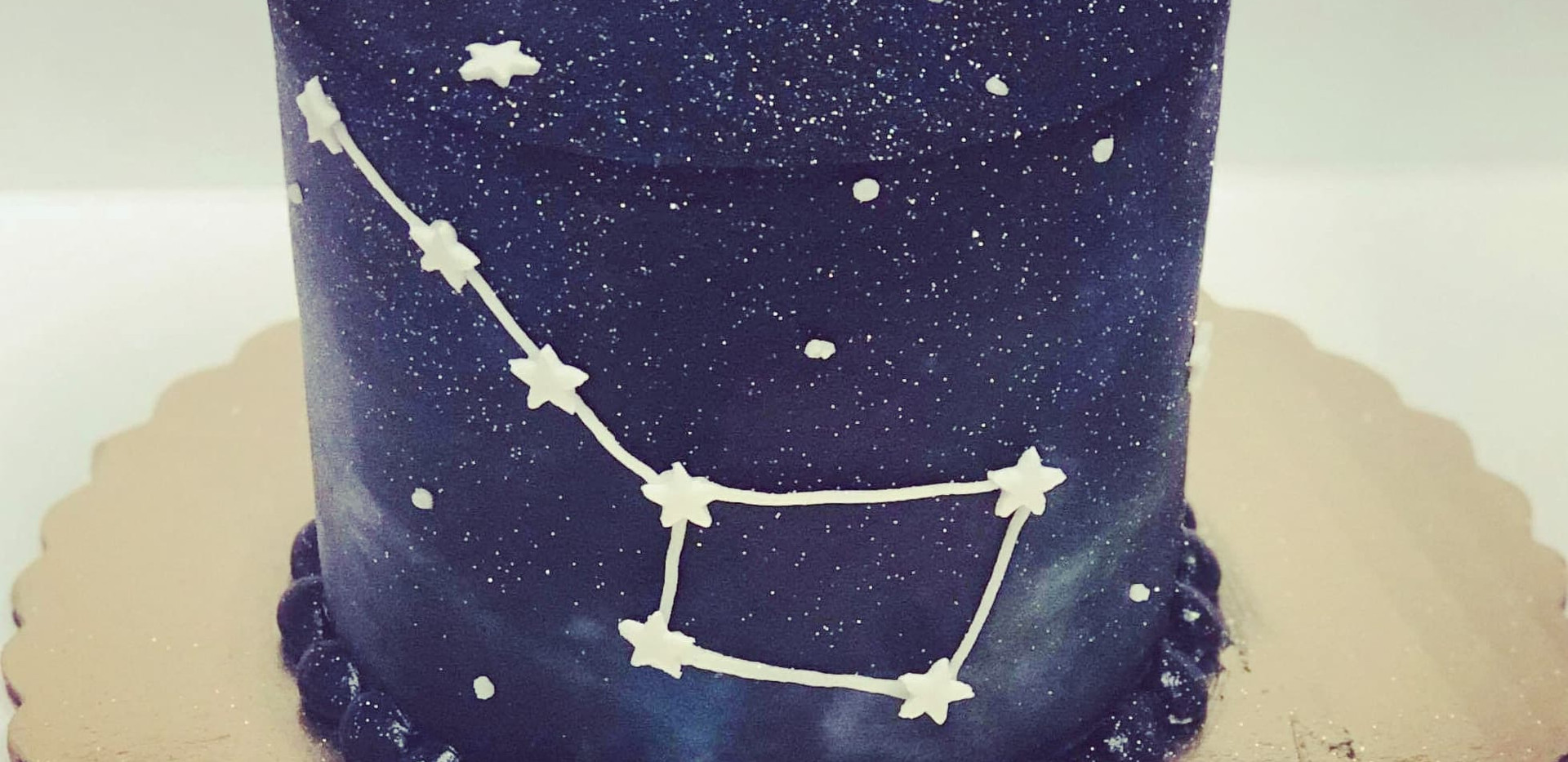 "4"" constellation cake (your choice of design)"