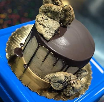 dirty drip cake.jpg