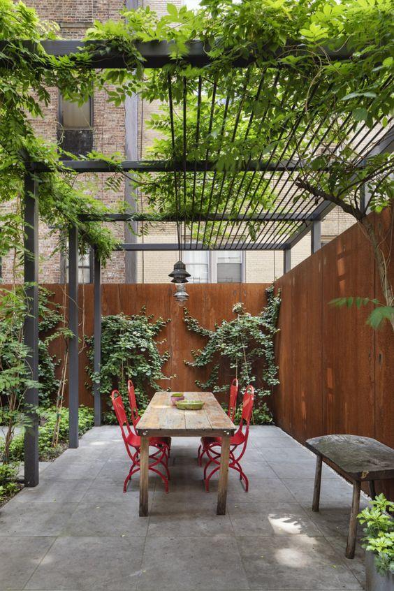 Interior Leaf Metal Fabrication Ideas
