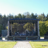 Outdoor+stage.jpg