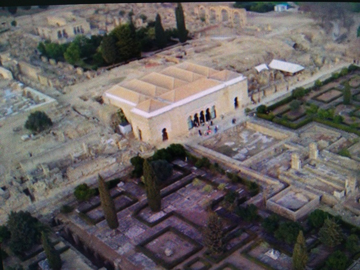 Medina Azahara: Excavation or Building Site