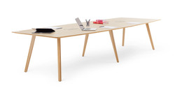 ICF-office-table-Bevel-meeting-HEA00