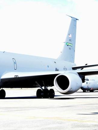 Airplanes 106E.JPG