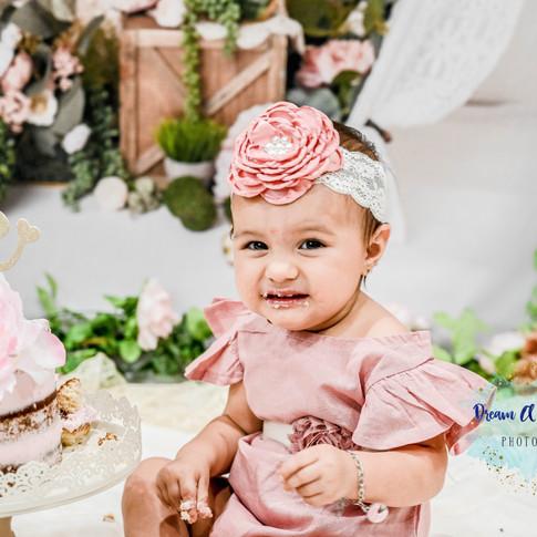 1 year baby girl-15.jpg