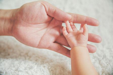 עיסוי תינוקות וטקס שינה