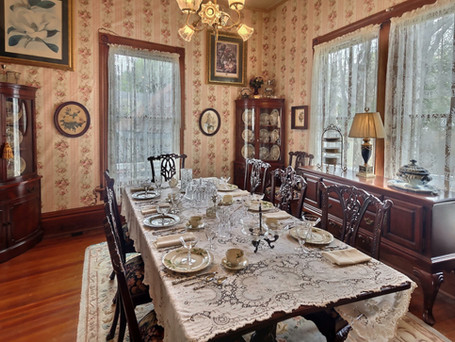 Secondary dining room