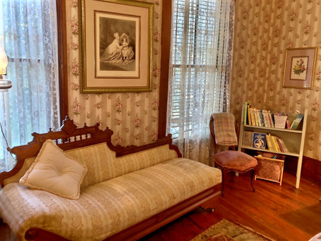Rose bedroom - swooning couch