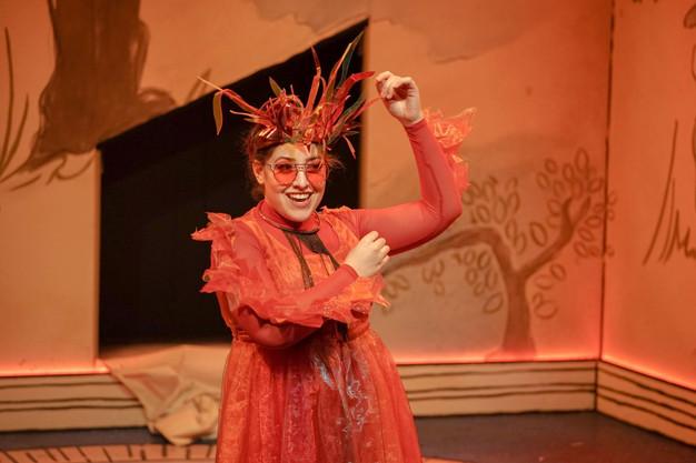 Madeline as Fire in L'Enfant et Les Sortiléges