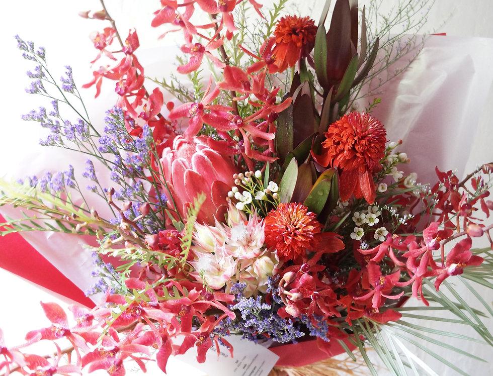 レッドブーケ(fresh flowers)Mサイズ