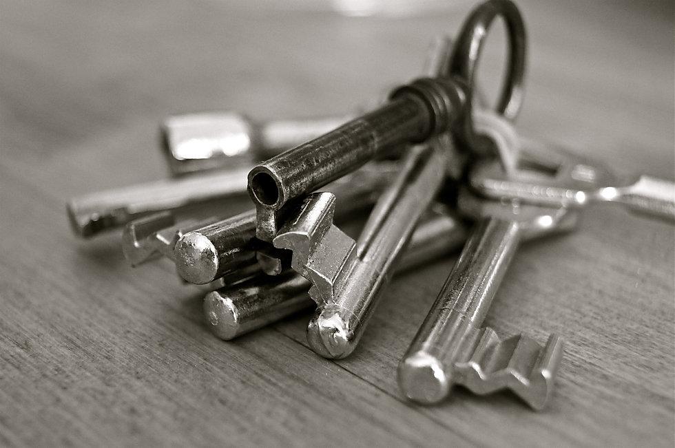 key_metal_home.jpg
