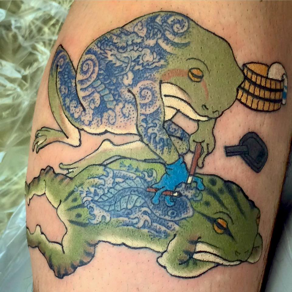 Tattooed Frog tattooing to Frog
