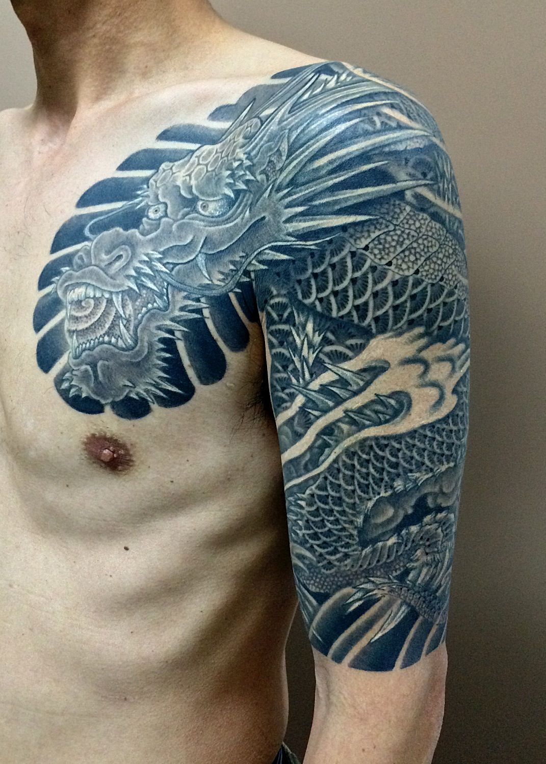dragon tattoo 上り龍