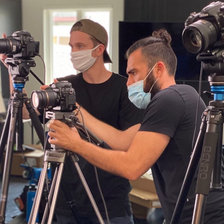 (Paul, Navid) BTS on set