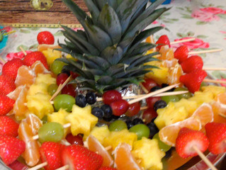 Themed Party Food Ideas - Pirate Palm Tree Fruit Kebabs