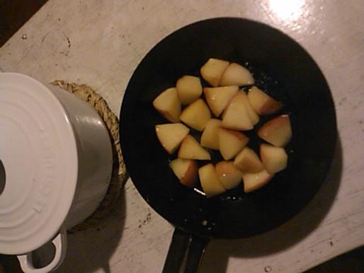 りんごとヨーグルト