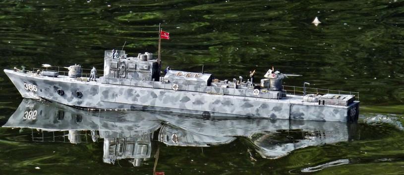 Bronkator Russian Tanik boat WWII