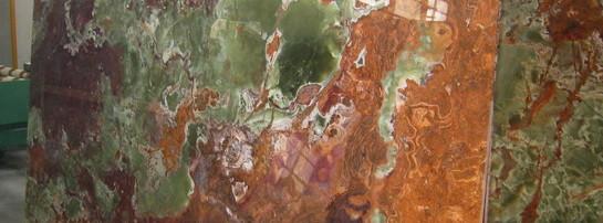 multi-green-onyx-slabs-32.jpg