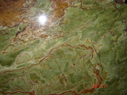 dark-green-onyx-tiles-01.jpg